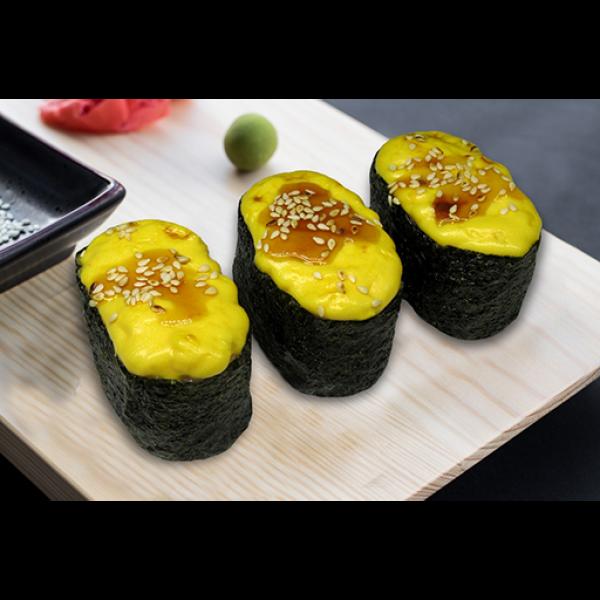 Суши запечённые с сырной шапкой  и варёной креветкой